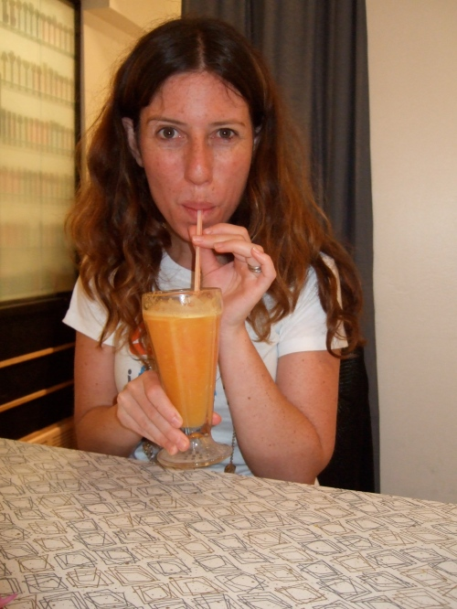 """Candice sips her """"citrus explosion"""" - mmmmm"""